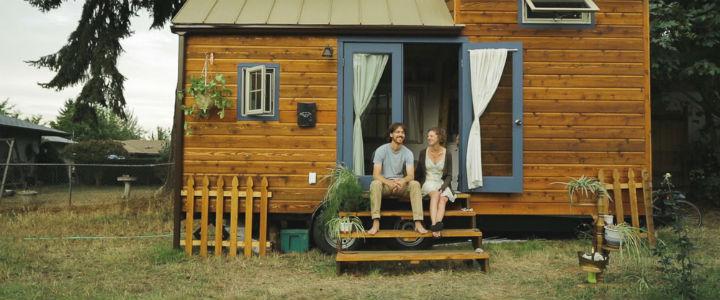 tiny-house-film-people-06